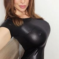 Brunette Hot Nipples  pics